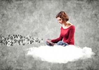אסטרטגיית תוכן קלה ופשוטה שתוציא את הידע שלך לחופשי מול המחשב